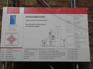 Panneaux d'information sur les travaux entrepris.